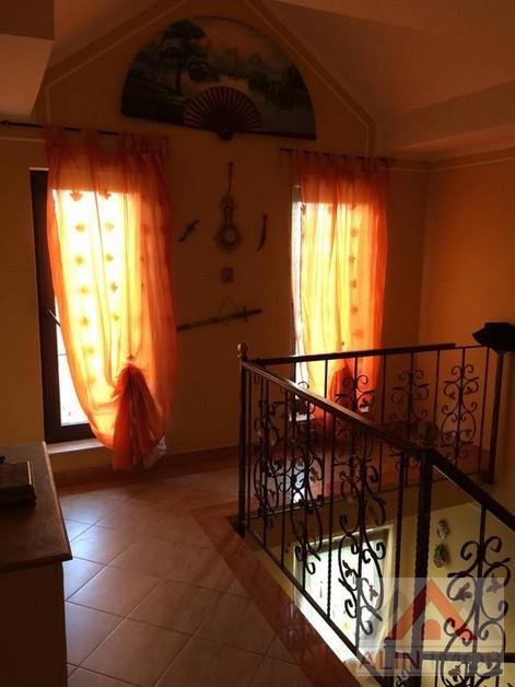 Casa,Carpati 2 096